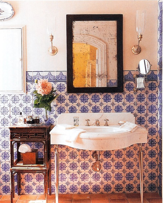 Portuguese-style bath by Michael Smith