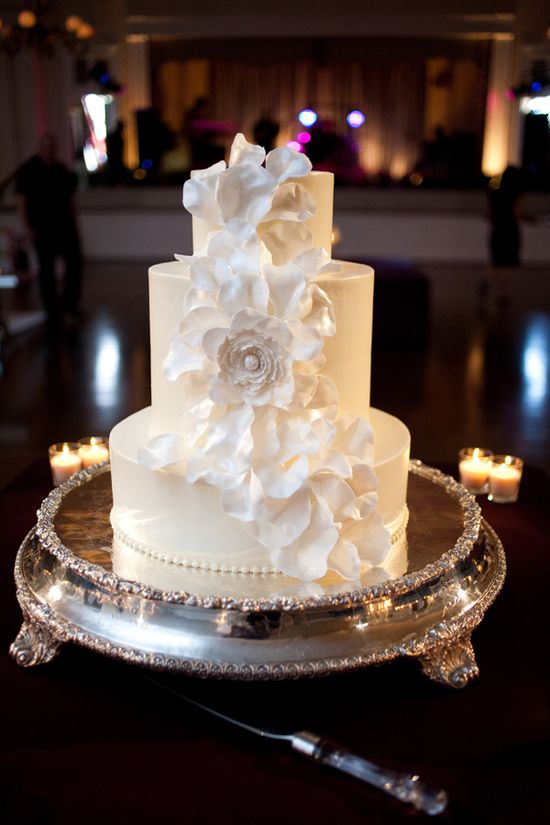 Gorgeous white wedding cake
