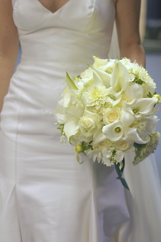 Wedding flowers for classic wedding ideas. Flowers by Blush Rose and other florists to create a classy dream wedding