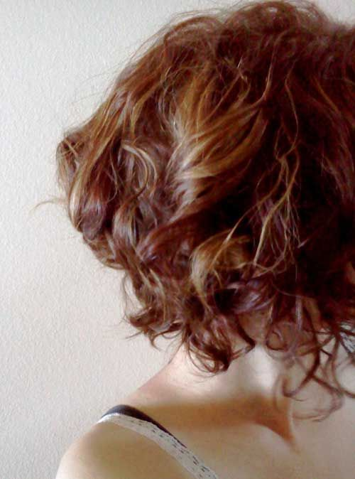 Beautiful Short Curly Hairstyles-10