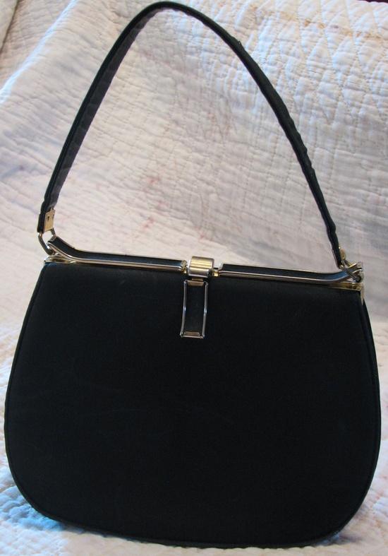 Black Purse VIntage Handbag.