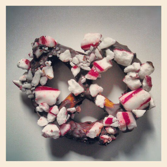 Chocolate-Peppermint Pretzels by thenervouscook #Pretzel #Chocolate #Peppermint