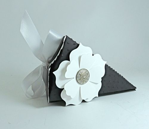 Wedding Favor Petal cone