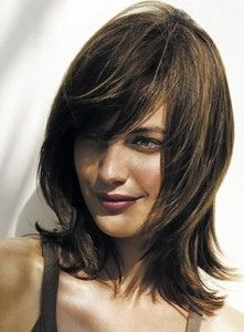 Medium Layered #Hair. love this cut. except i'm too attached to my long hair.
