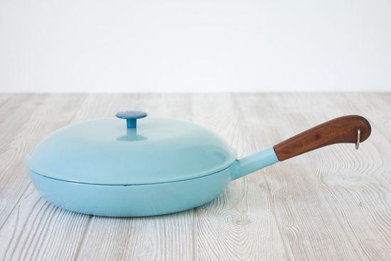 Robins Egg Blue Enameled Cast Iron Skillet with Lid