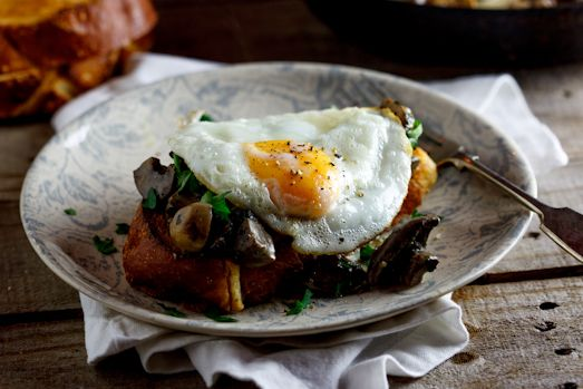 Creamy mushrooms with eggs..Amazing recipe !!