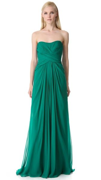 Monique Lhuillier Gown #emerald #coloroftheyear