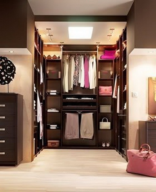 i like this a lot, but I am all too sure that I am still going to turn an entire room of our house into a walk in closet. (M)