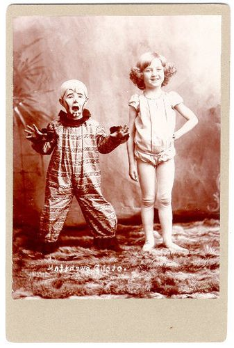 This vintage Halloween costume photo is so funny. Haha.