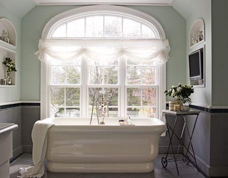 Perfect place for a bubble bath:)