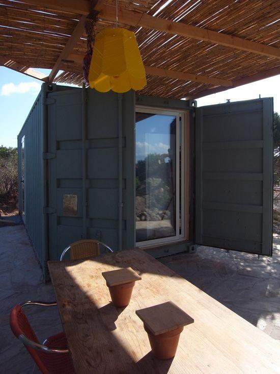Cargo container house in Sardinia