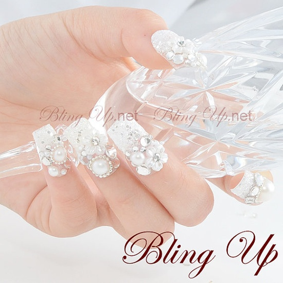 Wedding Nail Set with Flowers Pearls