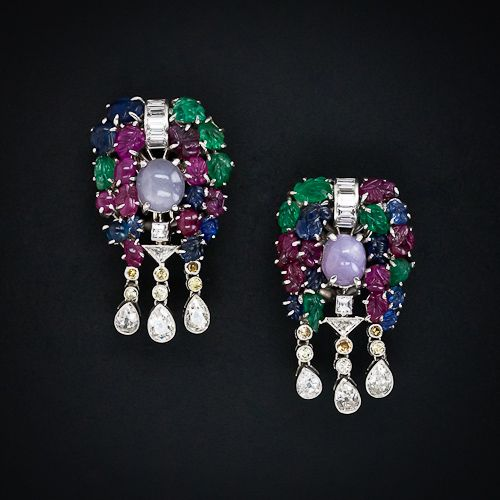 Small Earrings With Diamonds