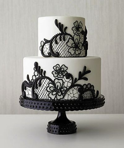 Lovely lace detail wedding cake