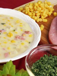 ** KEEPER - MADE THIS AND ONE OF THE BIGGEST HITS EVER DC  Ham and Corn Chowder   great use of leftover ham!