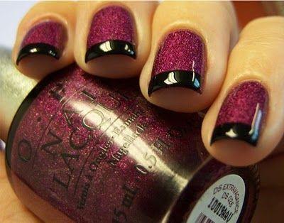 dark glitter manicure