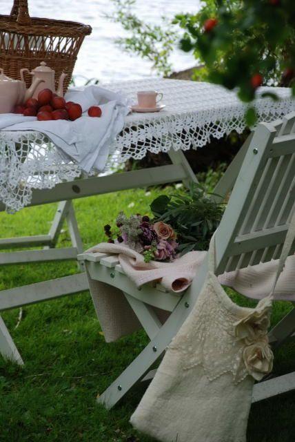 picnics... lace... flowers... romance...