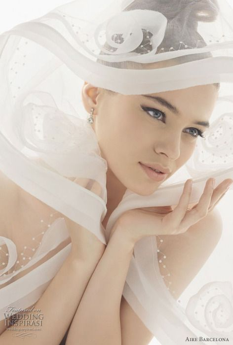 Wedding Veils by Aire Barcelona 2011
