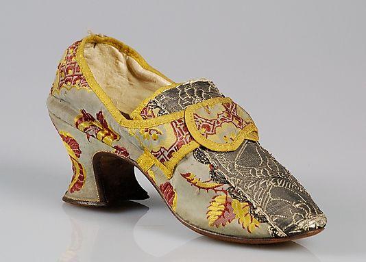 Shoes, 1760-80, British, silk. Metropolitan Museum of Art.