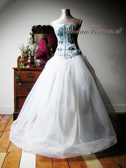 Romantic wedding bridal dress with corset by VictorianFlowers, €994.39