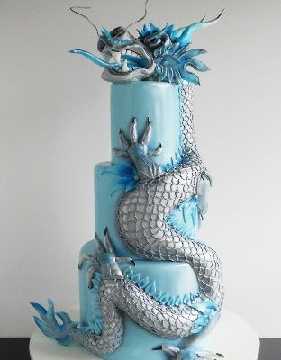 ~ Lucky Dragon Wedding Cake! Would love it in lucky red colour!