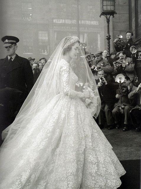 Jane O'Neil's wedding dress, 1953
