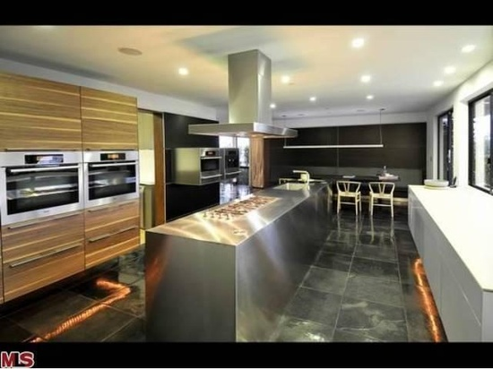 Hal Levitt modern kitchen design