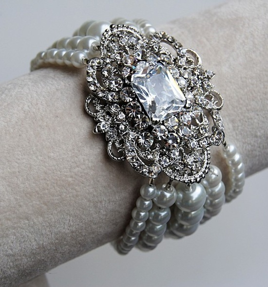 Victorian Brooch and Glass Pearl Bracelet by blustarfruit on Etsy, $55.00