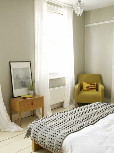 grey bedroom    www.remodelormove...