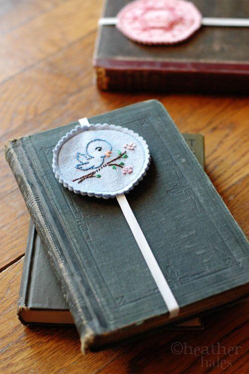elasticated bookmark