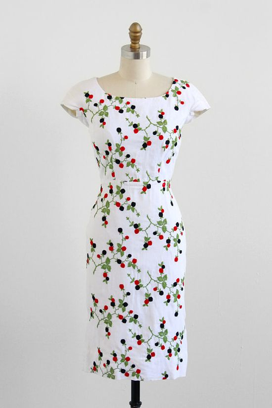 1950s embroidered berries dress