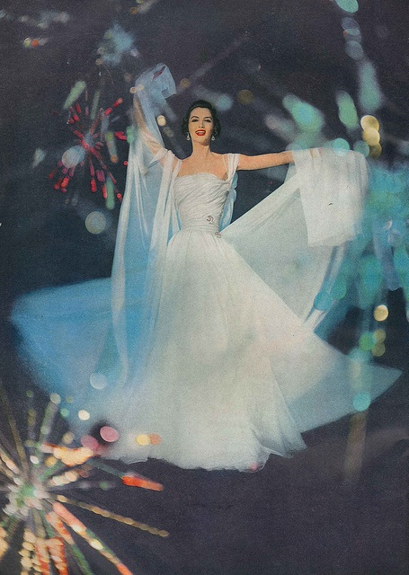 A firework filled celebration of gorgeous evening wear style. #vintage #1950s #fashion #dress