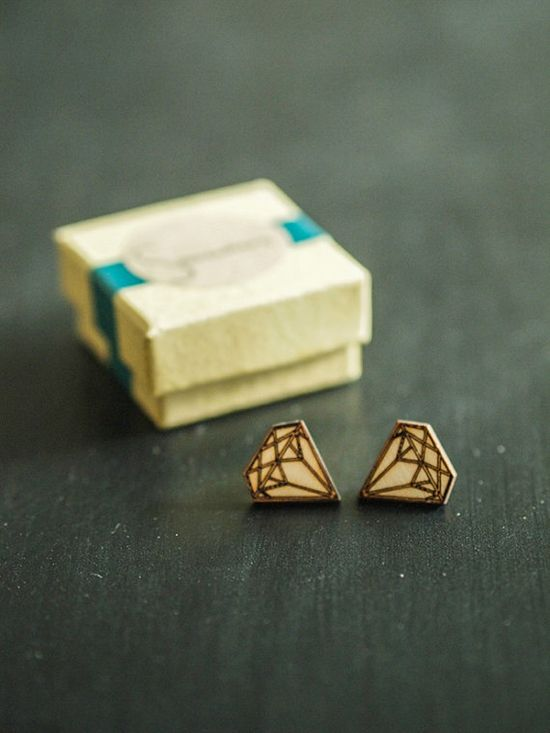 Wooden geometric earrings Diamonds by Somewherejewelry on Etsy, €12.00