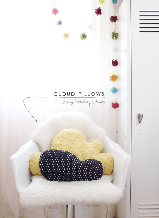DIY: knit cloud pillows