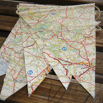 Vintage Map Bunting - love it. Want it.