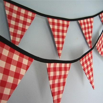 gingham banners