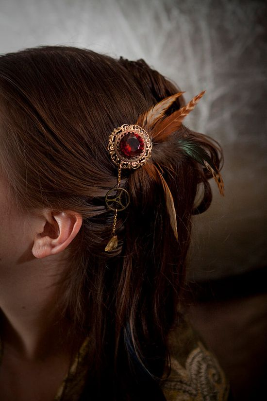 Steampunk hair accessory, not too gaudy & very cute.