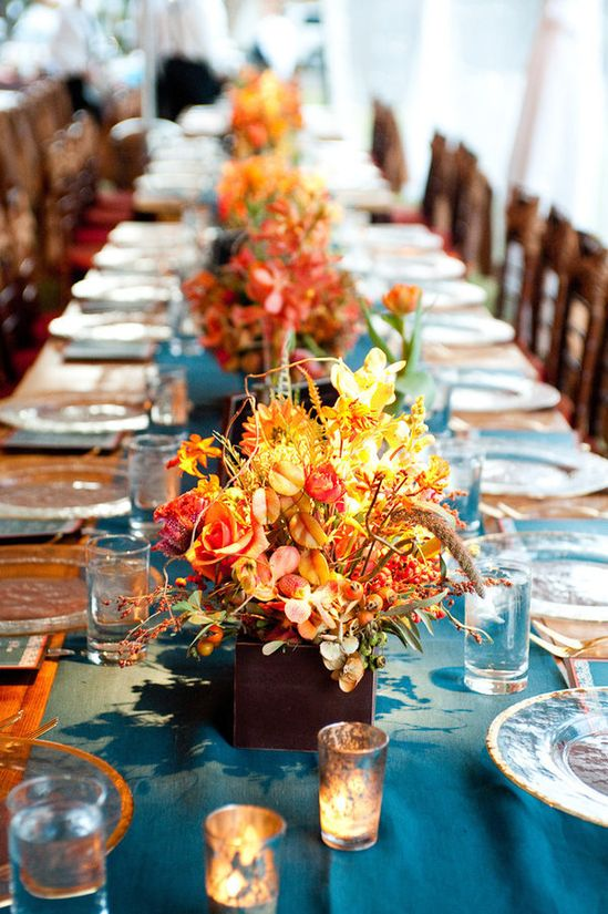 Fall flowers / table