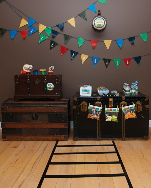 vintage train birthday party, boy's birthday party theme, ideas and tablescapes