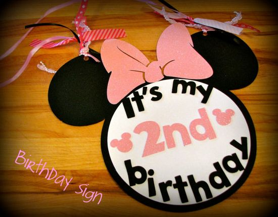 minnie mouse sign