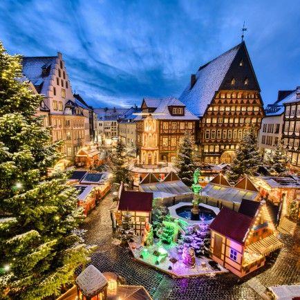 25 Fantasy Winter Vacations Spots!