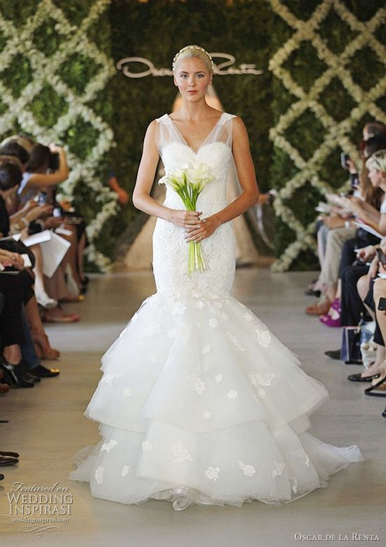 Oscar de la Renta Bridal Spring 2013 Wedding Dresses