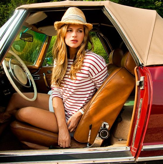 summer outfit - love the red striped shirt