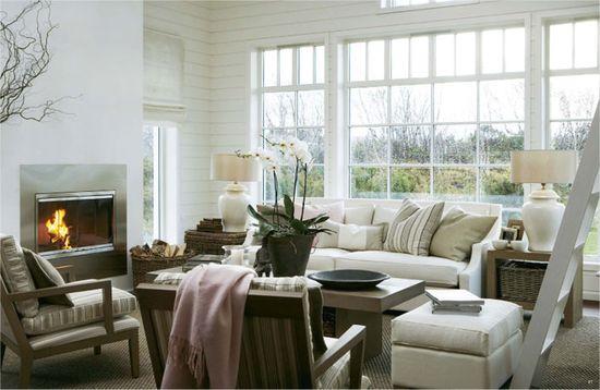 Furniture arrangement, windows