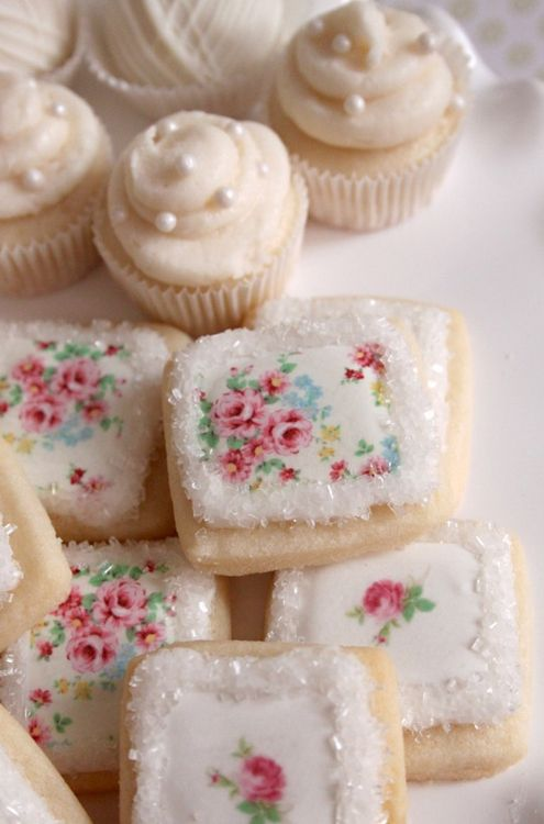 Pretty mini-cakes and cookies ~ reminds me of Cath Kidston :) ~