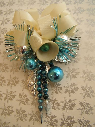 Vintage Christmas Corsage by aka creativity, via Flickr