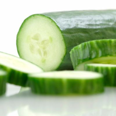 Top 30 Hydrating Foods -- stock up for summer!