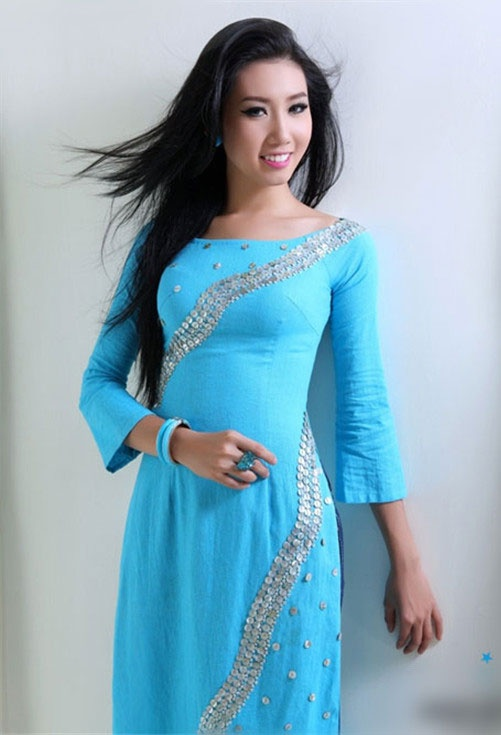 love this color ao dai