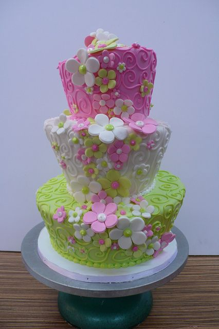flowers pink green wedding cake #wedding #weddingcake