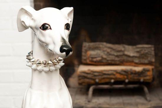 I love Whippet statues!